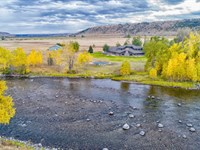 Luxury Riverfront Retreat Auction : Absarokee : Stillwater County : Montana