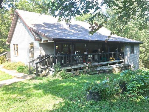 Private Hobby Farm Orchard Huggins : Huggins : Texas County : Missouri