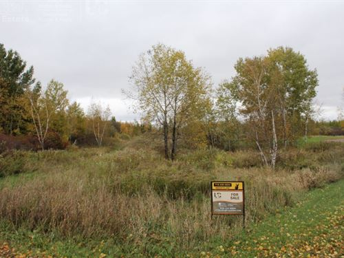 Private Land On Dead-End Road : Boyd : Chippewa County : Wisconsin