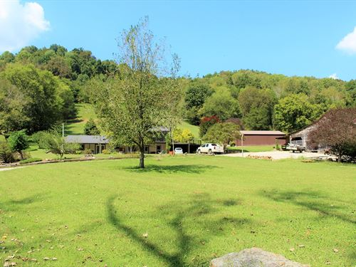 Putnam County Farm Home, Barn : Bloomington Springs : Putnam County : Tennessee