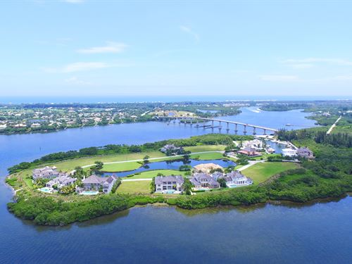 3 Luxury Waterfront Homesites : Vero Beach : Indian River County : Florida