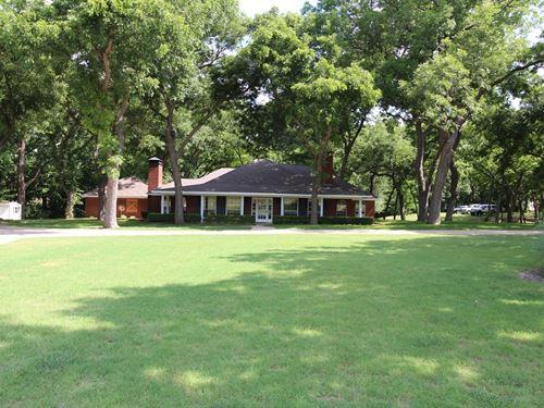 Ranch Home Italy, Texas : Italy : Ellis County : Texas