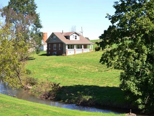 Historic Waterfront Farm House : Rural Retreat : Wythe County : Virginia