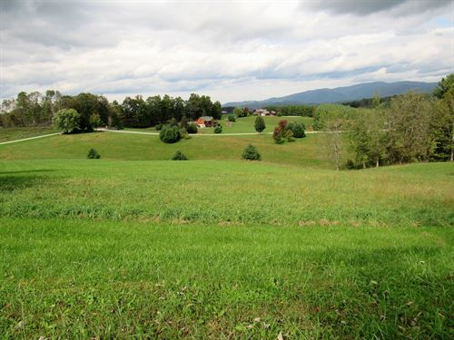 Panoramic Mountain Views From This : Sparta : Alleghany County : North Carolina