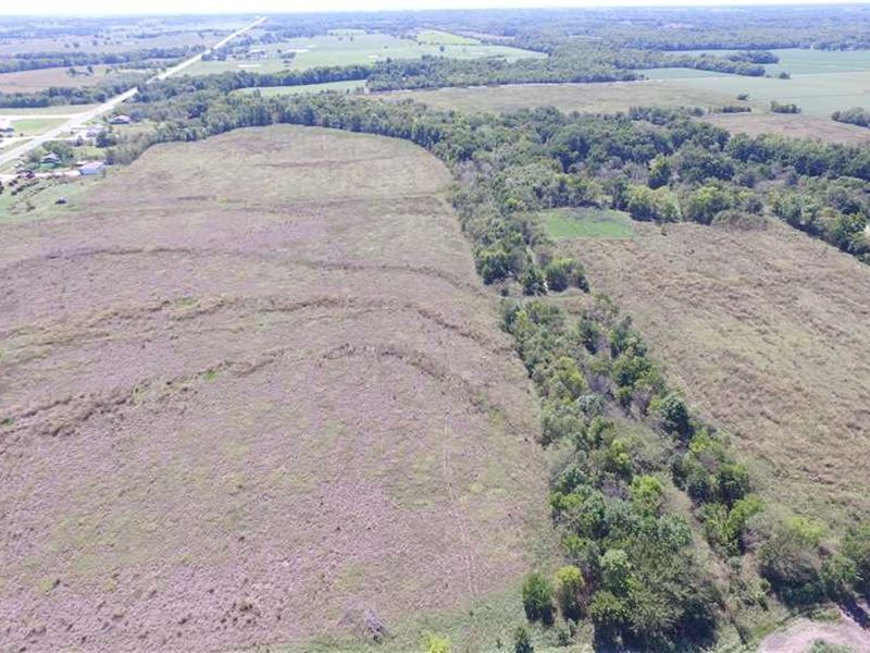 112 Acres For Sale in Neosho Count : Erie : Neosho County : Kansas
