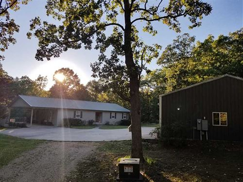 Custom Home & Shop on 27 Wooded Ac : Hartville : Wright County : Missouri