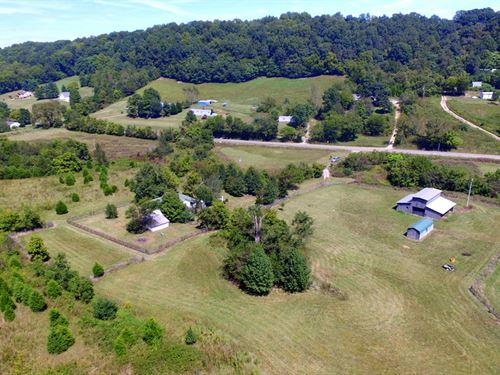 37 Acres, Farmhouse And Creek : Culleoka : Maury County : Tennessee