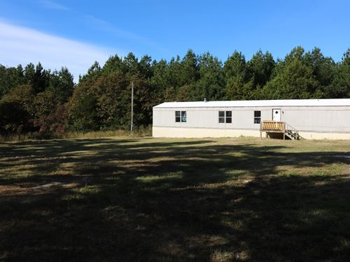 Mobile Home Two Acre Owner : Melbourne : Izard County : Arkansas