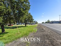 High Traffic Count Commercial Lot : Stephenville : Erath County : Texas