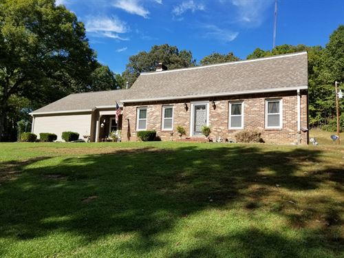 4 BR 2 BA Country Home 5.98 Private : Linden : Perry County : Tennessee