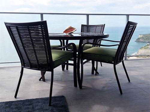 Rio Mar Resort Condo in Panama : San Carlos : Panama