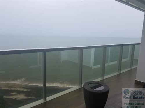 Ocean Waves Apartment Rent Panama : Nueva Gorgona : Panama