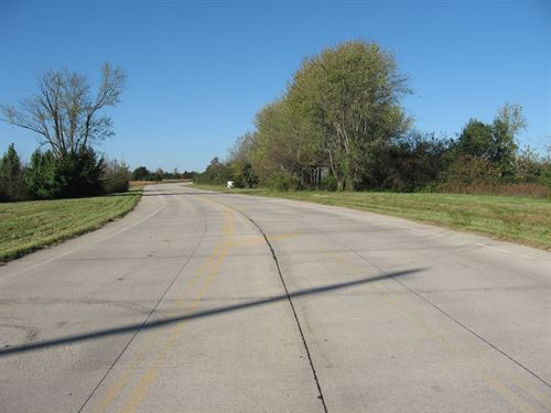 Vacant Commercial Land Busy Street : Saint James : Phelps County : Missouri