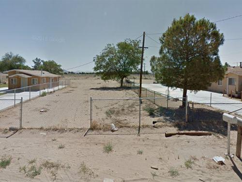 .25 Acres In California : Adelanto : San Bernardino County : California