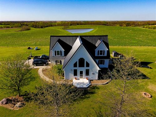 Beautiful Country Home 2 Acres M/L : Ridgeway : Harrison County : Missouri