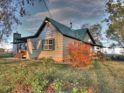 Dolores Colorado, Country Home : Dolores : Montezuma County : Colorado