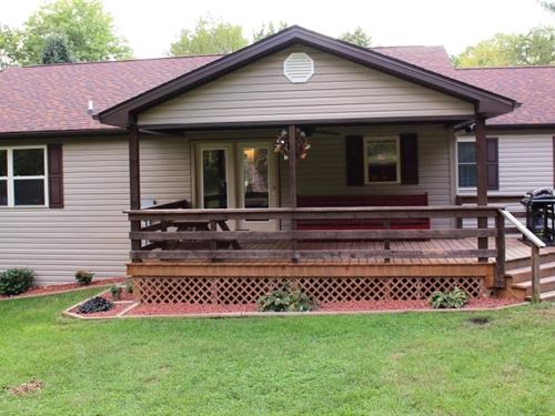 A Country Home 5Bd 3 Fenced Acres : Max Meadows : Wythe County : Virginia