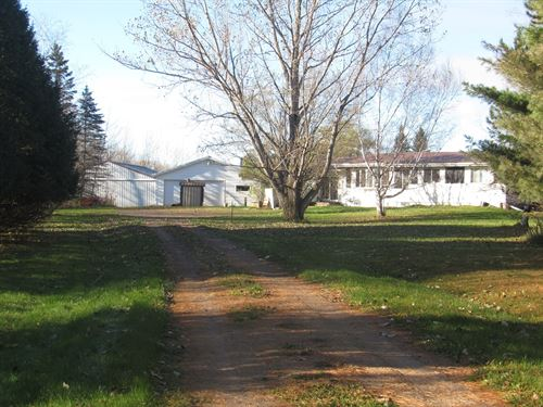 Country Home, Pole Building : Sturgeon Lake : Pine County : Minnesota