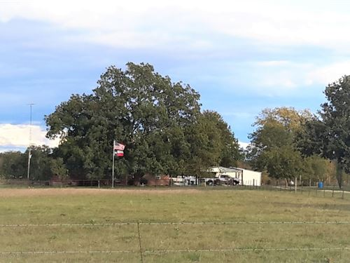 Country Home With Land In Paris Tx : Paris : Lamar County : Texas