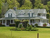 Private Luxurious Victorian Home : Sneedville : Hancock County : Tennessee