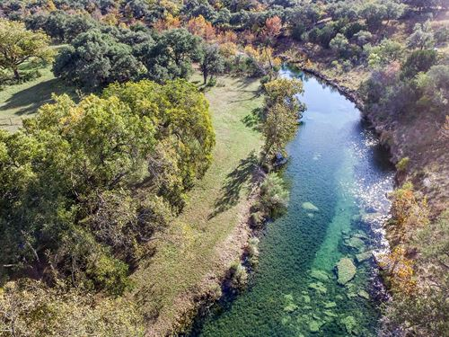 Hill Country Ranch On Bear Creek : Fredericksburg : Gillespie County : Texas