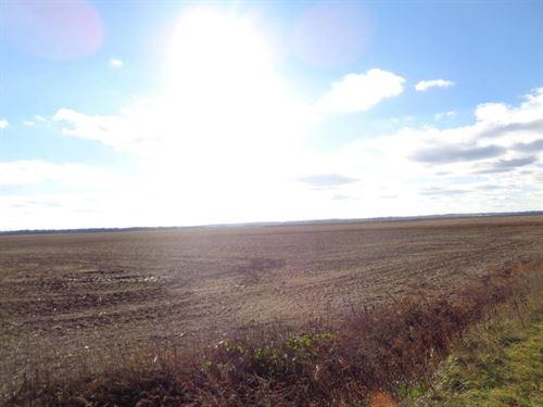 Farm Ground Harrison CO Iowa 38.40 : Missouri Valley : Harrison County : Iowa