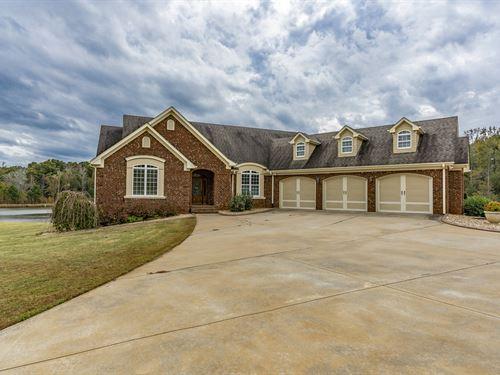 Beautiful Brick Home : Rutledge : Morgan County : Georgia