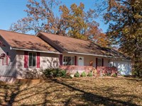 Large Residential Home on 2.5 Acre : Poplar Bluff : Butler County : Missouri