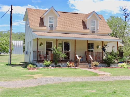 Large Home In Small Town : Blair : Jackson County : Oklahoma