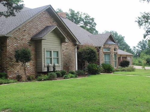Custom Built Home On 5+ Acres : New Boston : Bowie County : Texas