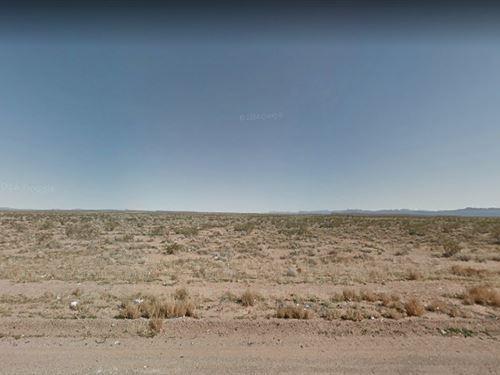 5-Acre Lot In San Bernardino, La : Adelanto : San Bernardino County : California
