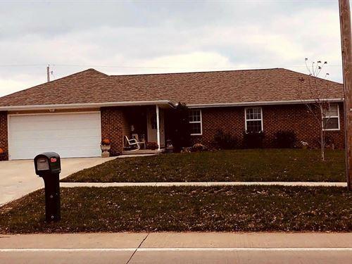 3 Bedroom, 3 Bathroom Home : Maryville : Nodaway County : Missouri