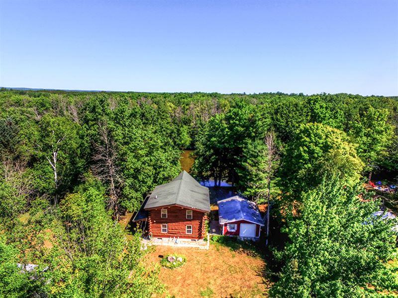 Log Home On Muskegon River : Evart : Osceola County : Michigan