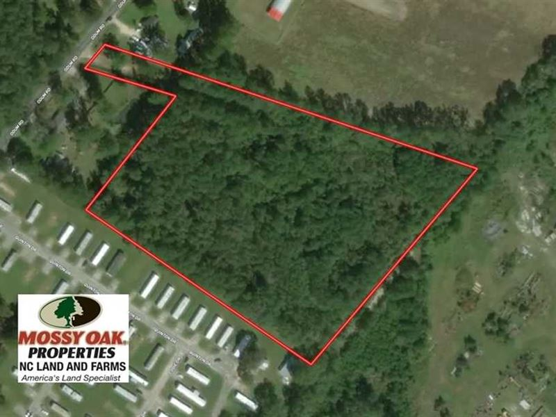 Under Contract, 8 Acres of Huntin : Lumberton : Robeson County : North Carolina