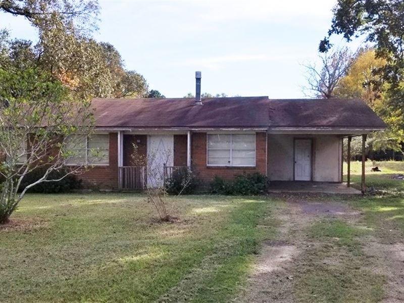 Country Home in Collinston LA : Collinston : Morehouse Parish : Louisiana