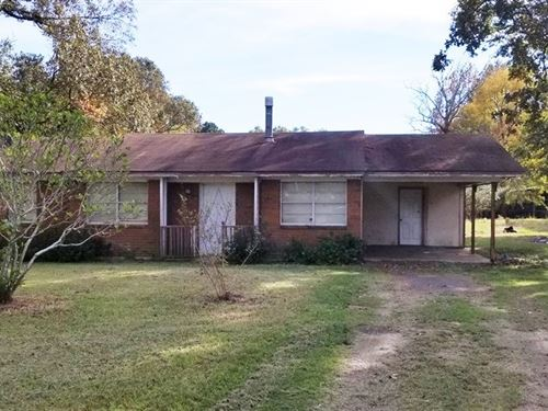 Country Home in Collinston LA : Collinston : Morehouse Parish : Louisiana