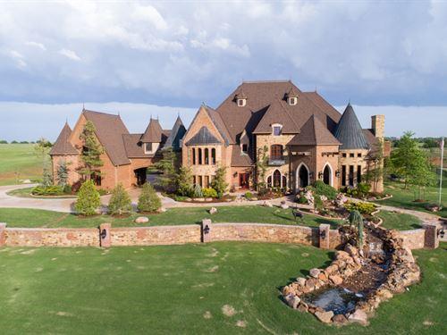 Gorgeous Hill Top Estate : Edmond : Oklahoma County : Oklahoma