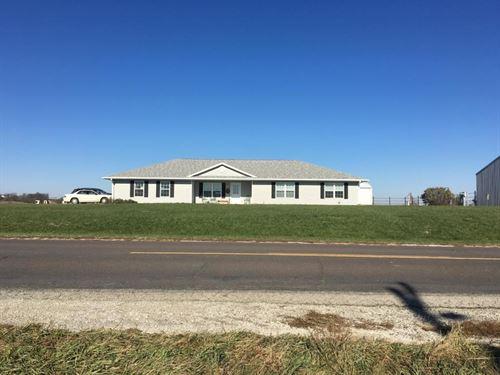 Country Home Northwest Missouri : Bolckow : Nodaway County : Missouri