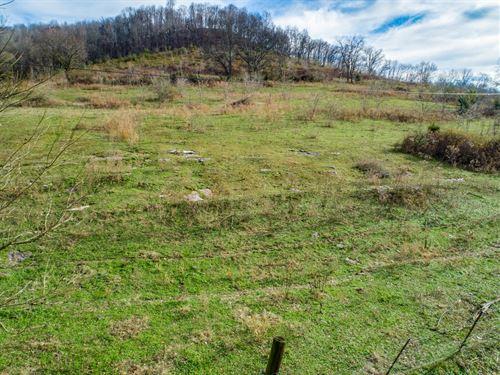 45.43 Ac, Mtn-Valley Views, Pond : Chestnut Mnd : Smith County : Tennessee