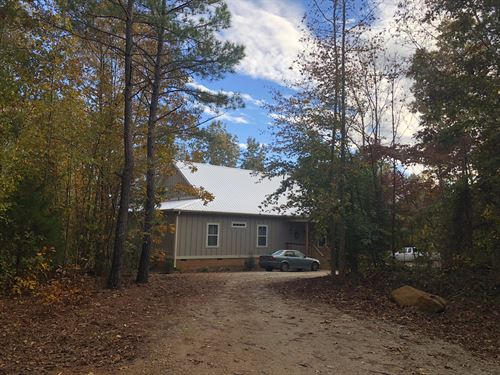 Home With Wooded Acreage : Honea Path : Anderson County : South Carolina