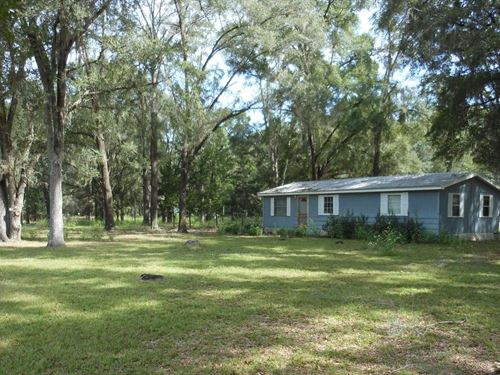 Home Quiet Neighborhood Close to : Branford : Suwannee County : Florida