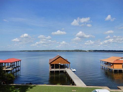 Waterfront Lot Lake Palestine : Frankston : Henderson County : Texas