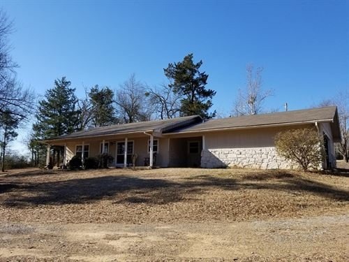 Country Home Close to Town For Sale : Antlers : Pushmataha County : Oklahoma