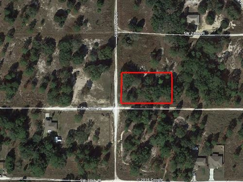 Over Half-Acre Corner Lot : Ocala : Marion County : Florida