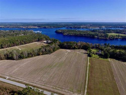 Reduced, 10.12 Acres of Waterfron : Havelock : Craven County : North Carolina