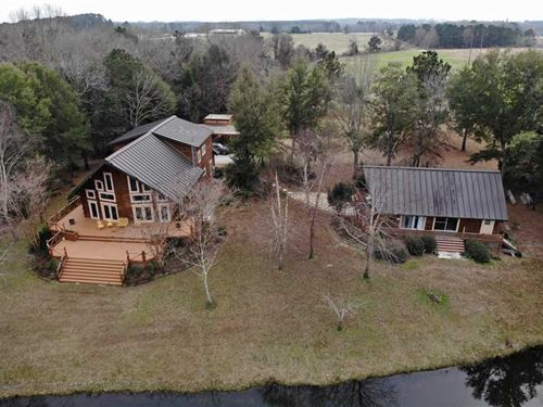 Large Custom Built Log Home With : Eufaula : Barbour County : Alabama