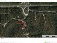 2.1 Wooded Acres Interstate I-40 : Holladay : Benton County : Tennessee
