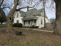 Old Home on 5.3 Acres M/L For Sale : Ridgeway : Harrison County : Missouri