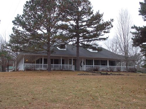 Farm Missouri Bordering Mark Twain : Mountain View : Shannon County : Missouri