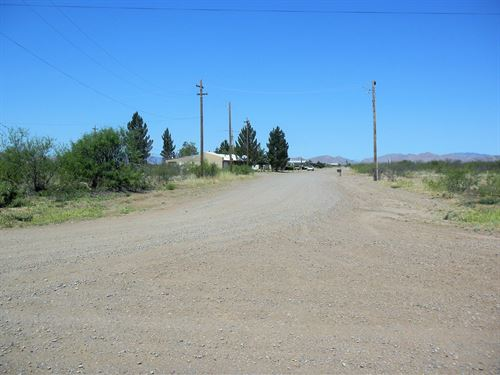 Bisbee-Douglas Nice Buildable Lot : Douglas : Cochise County : Arizona